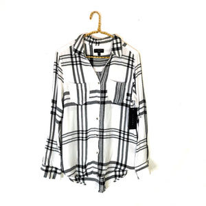 Stitch Fix Tinsel Hattie White & Black Plaid Shirt